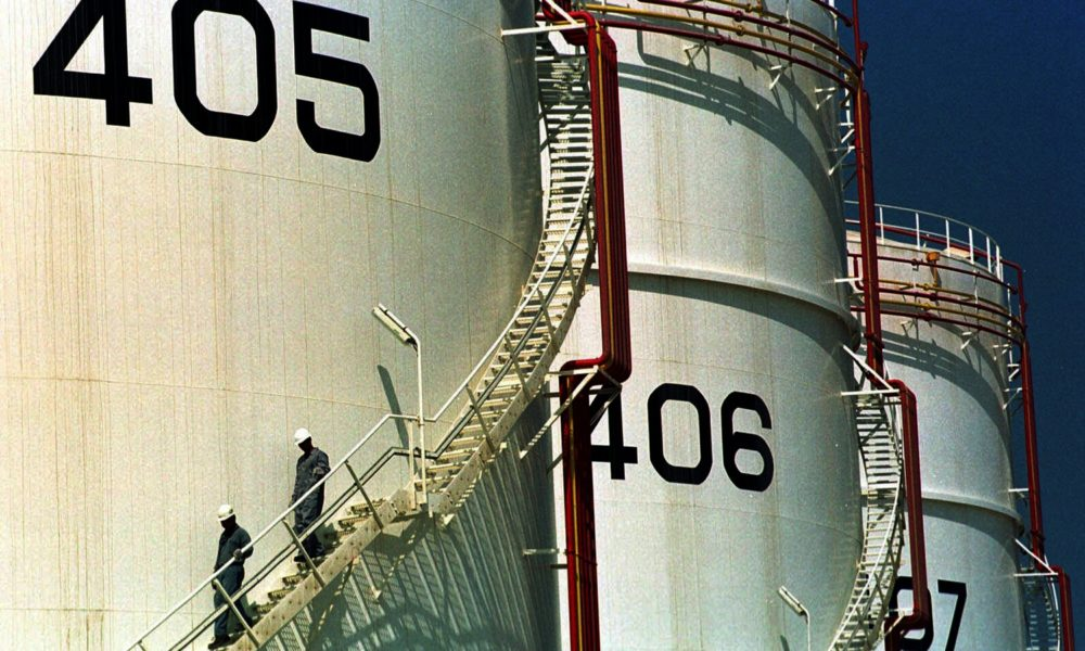 Mideast economies take massive hit with oil price crash – Associated Press