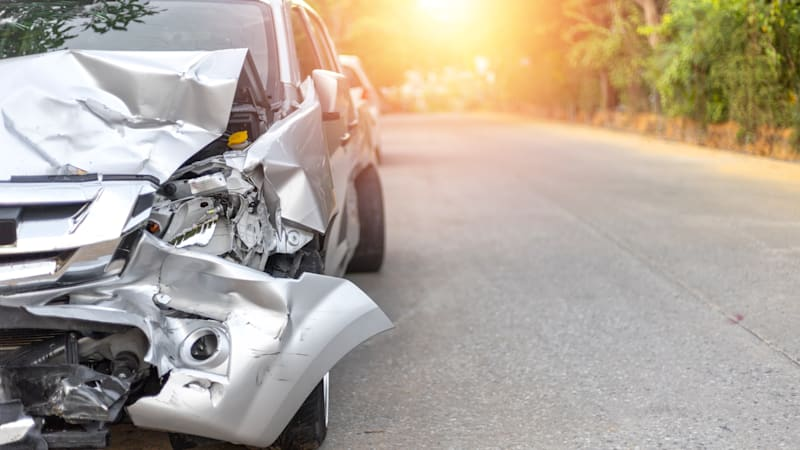Auto accidents drop by nearly half, according to insurance claims data