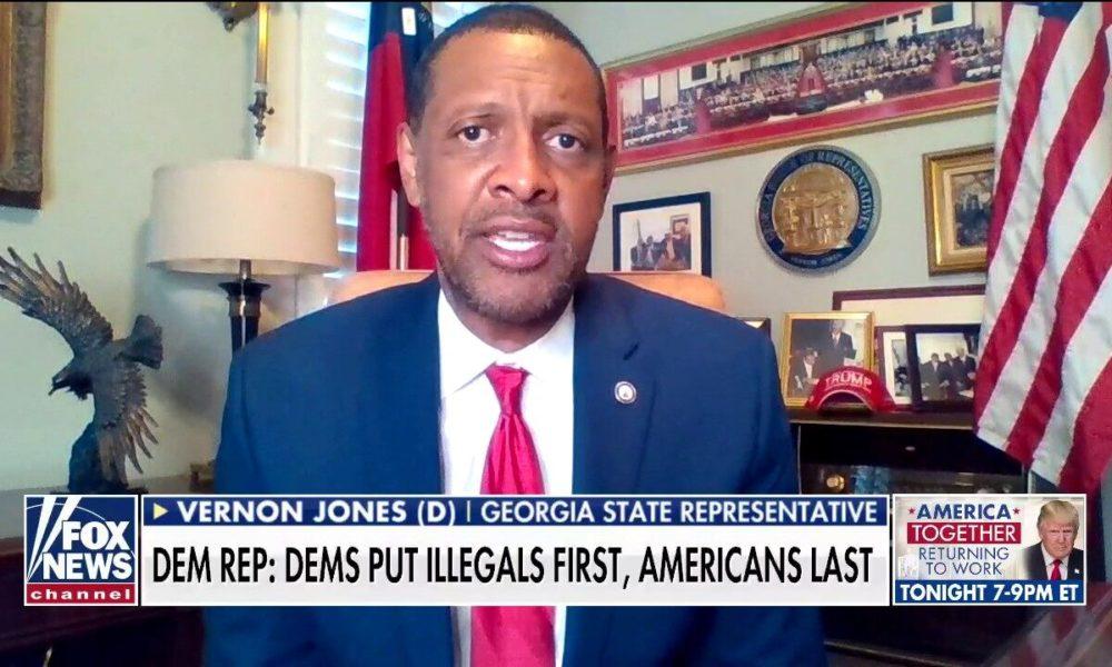 Democratic Rep. Vernon Jones on endorsing Trump: 'I put my country before myparty'