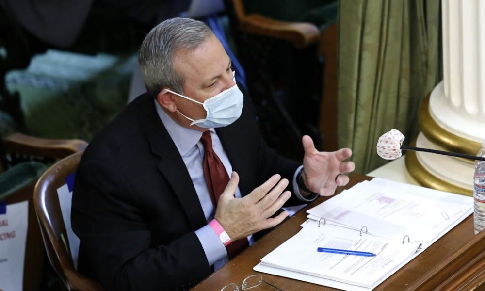 California official: Bad mask deals lost no taxpayer money