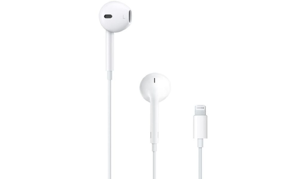 Apple's iPhone 12 might come without EarPods