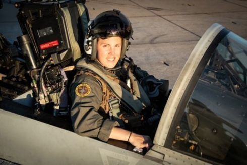 Marines put spotlight on female F/A-18 pilot from Maryland
