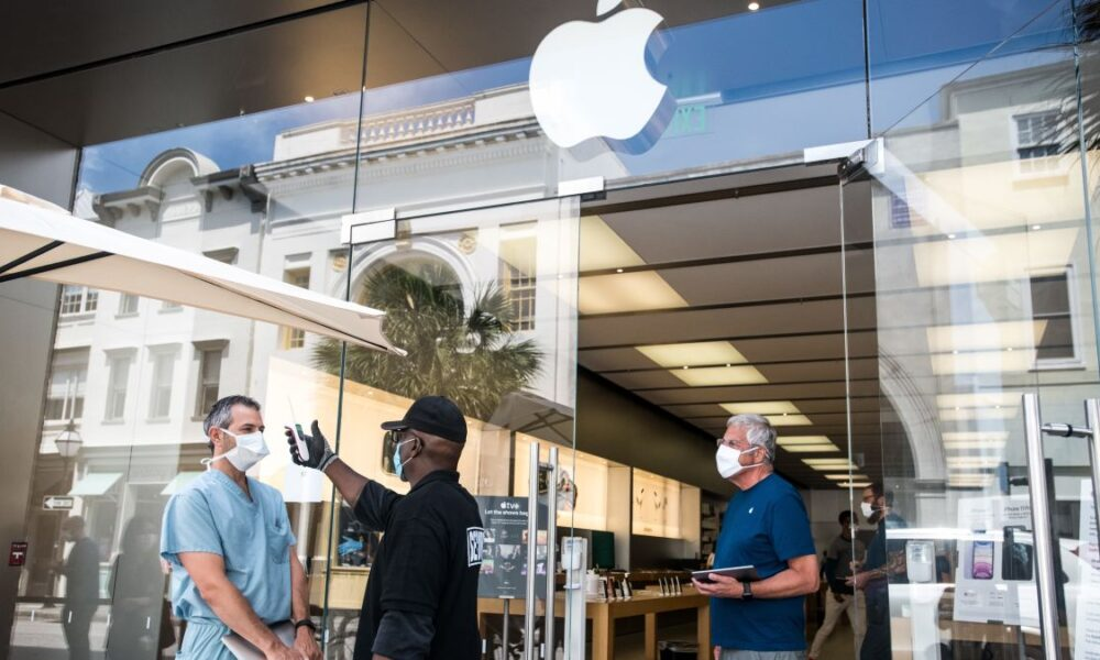 Apple Recloses 10% of US Stores Following Spike in Covid-19 Cases
