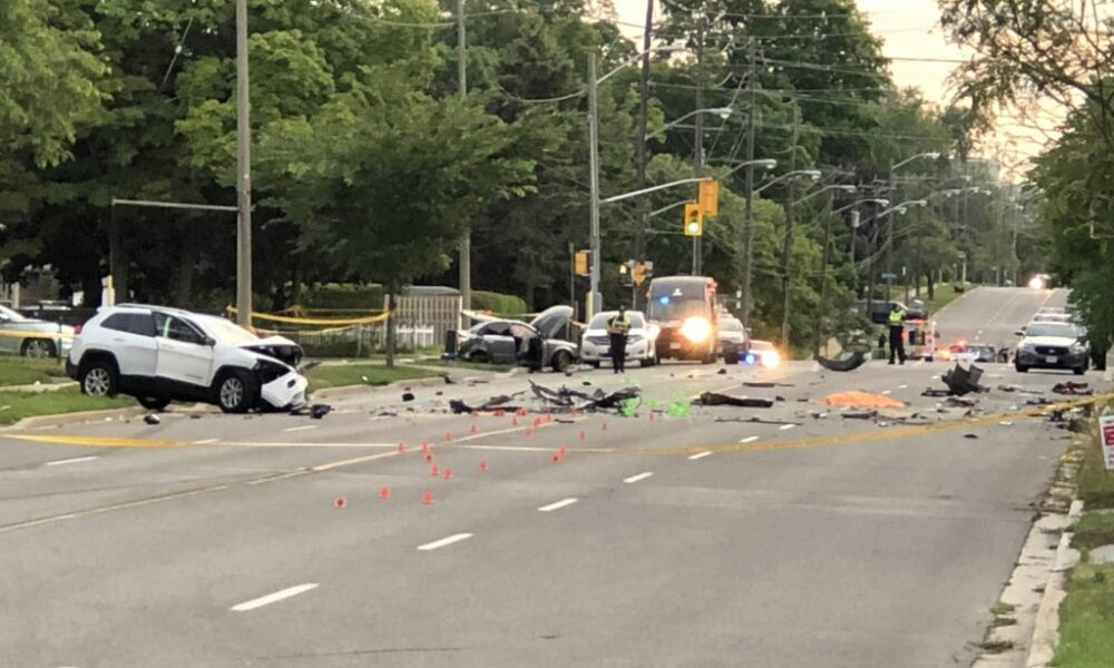 Man killed in multi-vehicle collision in Toronto's east end – 680 News