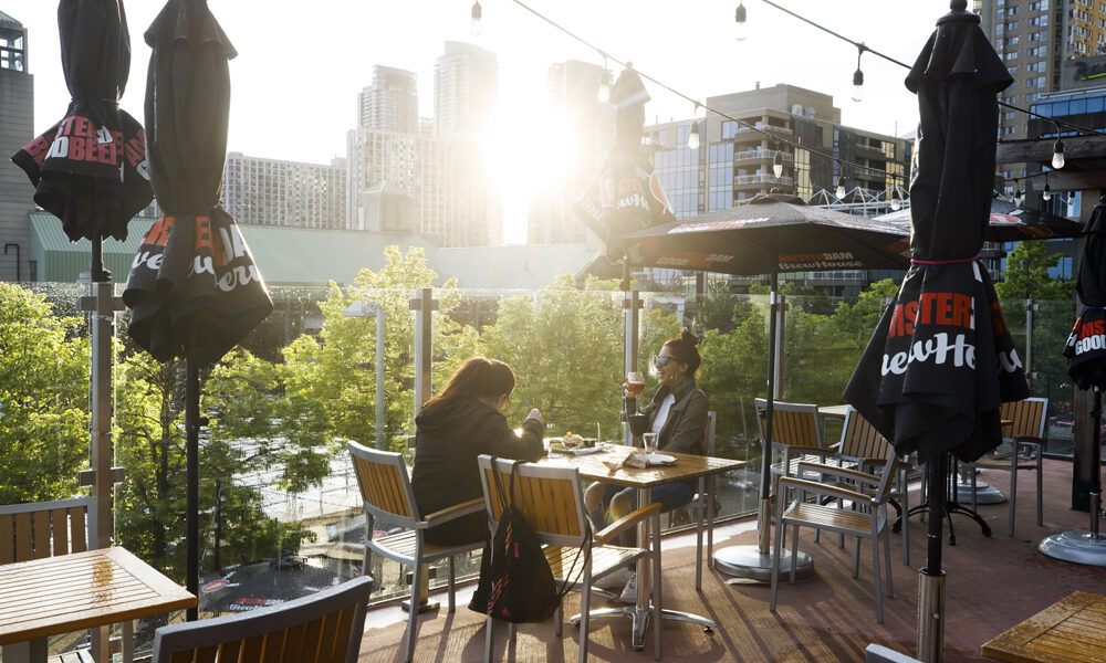 'Smoke and mirrors': For restaurants and their suppliers, booming patios mask industry's fragile state