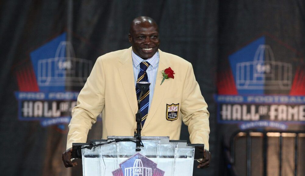 Bruce Smith explains his mindset behind his hilariously awful 'Family Feud' answer