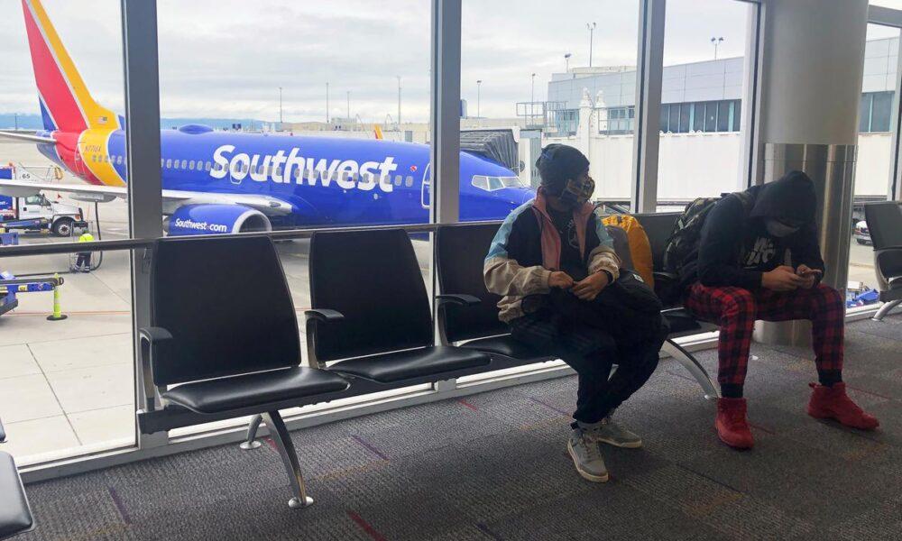Delta, Southwest draw strong demand for pilot early departure deals – Reuters