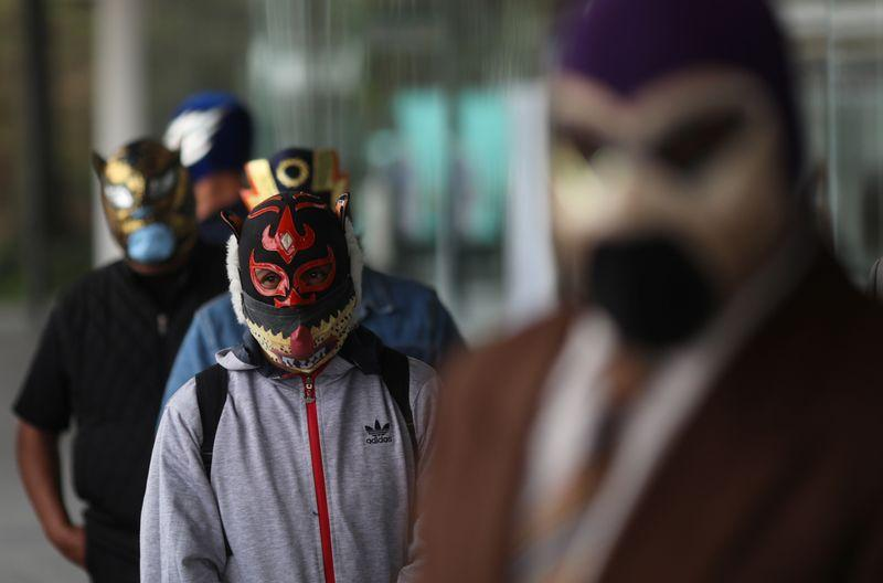 Mexico's legendary masked wrestlers thrown out of ring by coronavirus – Reuters