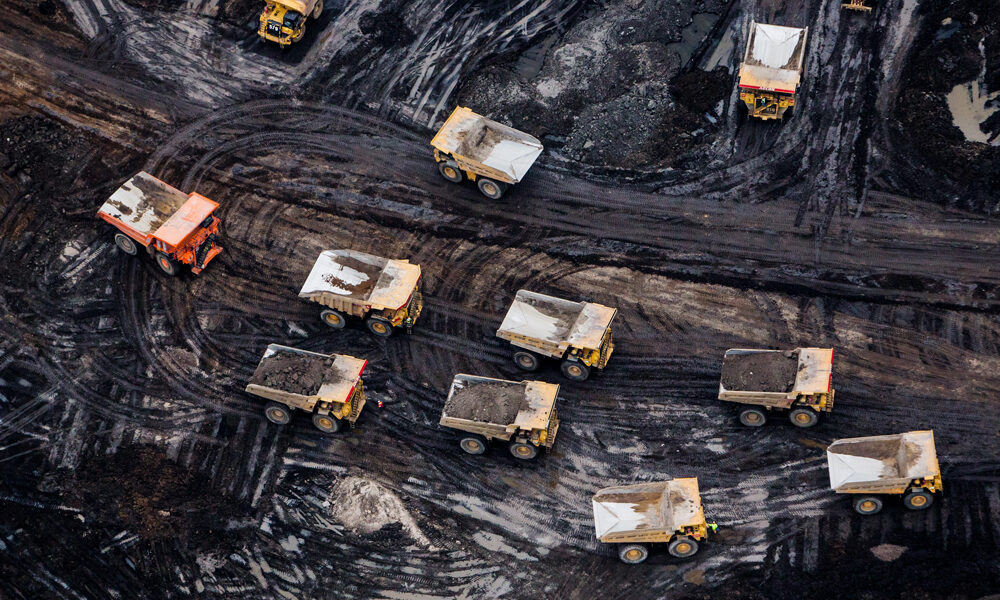 Total takes $7-billion writedown on oilsands projects, labels Fort Hills, Surmont as 'stranded' assets – Financial Post