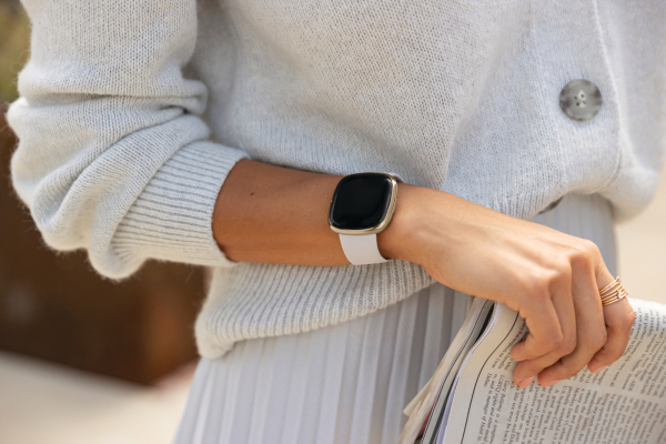 Fitbit launches a $330 Apple Watch competitor